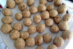 bomboane cu nuca de cocos, curmale si ciocolata fara zahar9