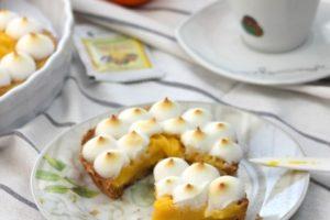tarta cu crema de mandarine si bezea