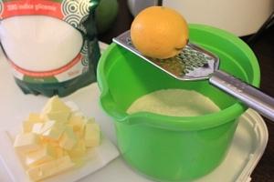 tarta cu crema de mandarine si bezea13