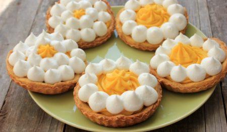 tarta cu crema de mandarine si bezea19